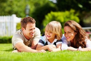 family_on_lawn 2